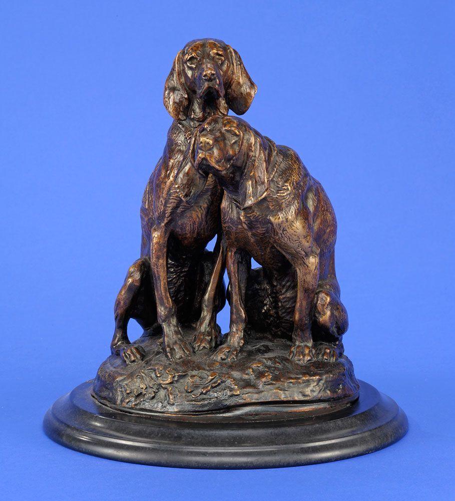 Frémiet, Emmanuel 1824 Paris - 1910 Paris Jagdhunde. Bronze. Signiert. Holzplinthe. H 29 cm — Skulpturen, Möbel, Kunsthandwerk