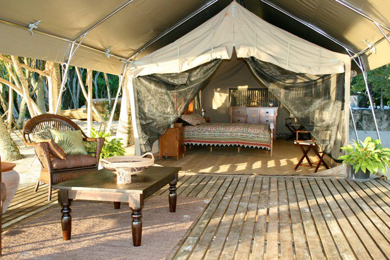 Luxury Tents specializes in High Quality Ultra-Luxury African Canvas Safari Tents Cabin Tents Eco-Lodges and Resort Tents. & Since watching
