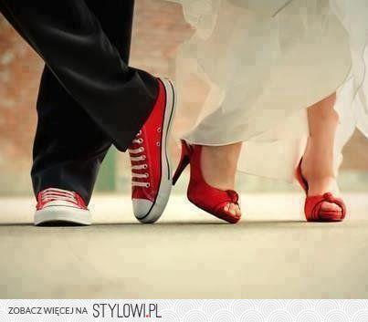 Czerwone Dodatki Slubne W Outficie Tak Blog Slubny Letswedding Pl High Street Wedding Dresses Wedding Dresses Bride