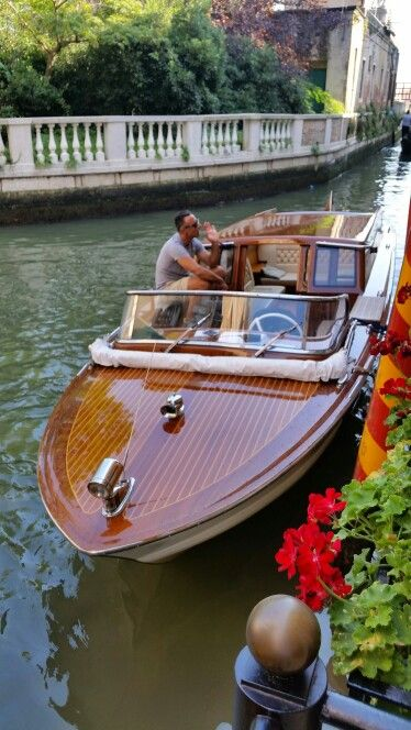 Venice Taxi I Want One Wooden Boats Wooden Boat Building Boat Building Plans