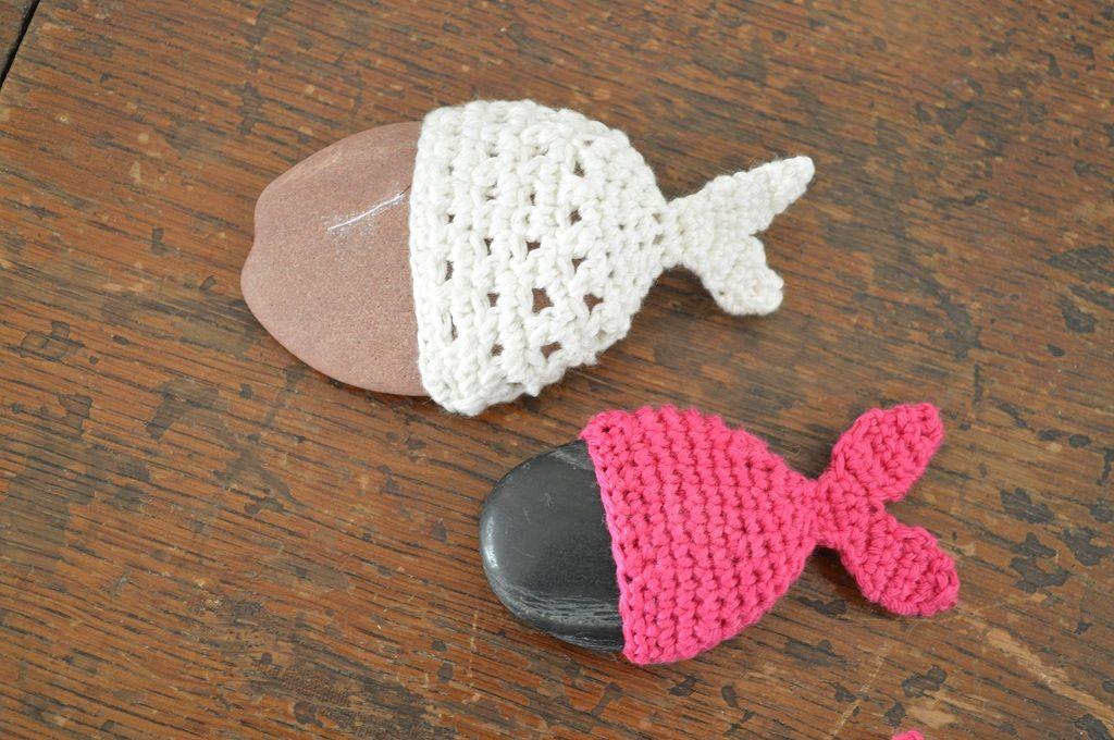Gehäkelte Steinfische Als Tischdekoration Für Eine Taufe Häkeln