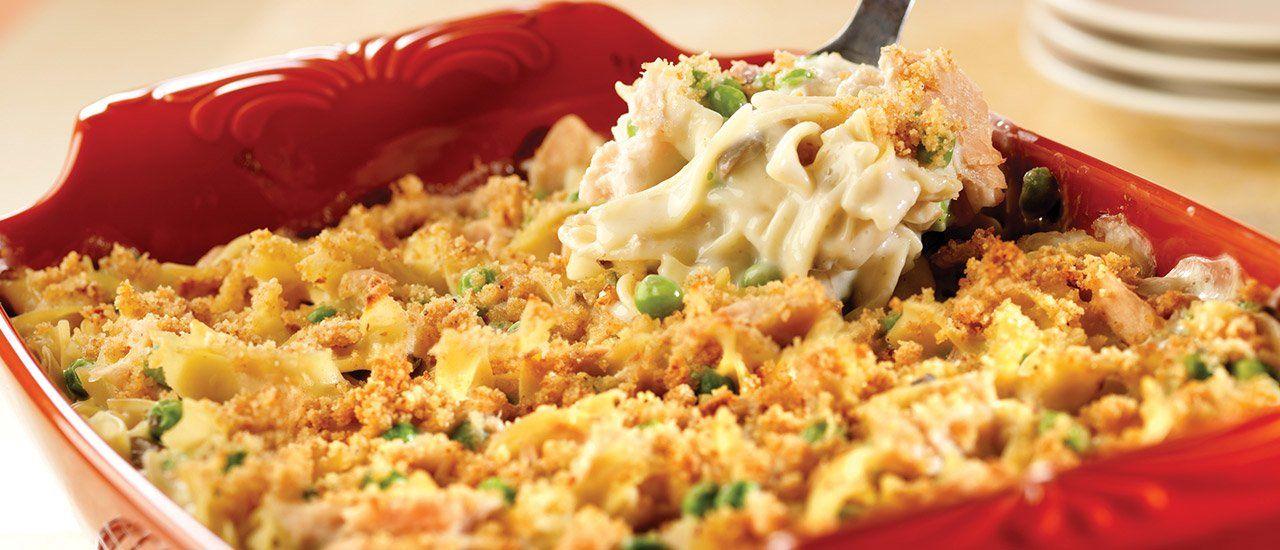 Crowd Pleasing Tuna Noodle Casserole Tuna Noodle Casserole Cambells Recipes Tuna Noodle Casserole Recipe