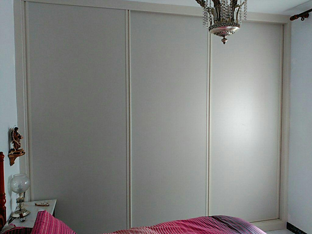 Frente e interior de armario corredera con 3 hojas en - Frente armario corredera ...