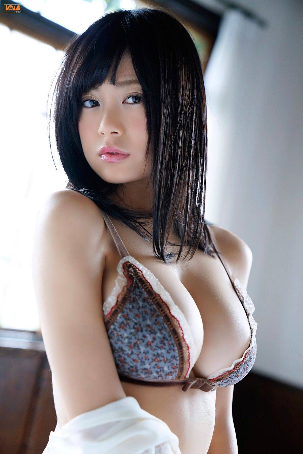 Busty japan white wife | XXX foto)