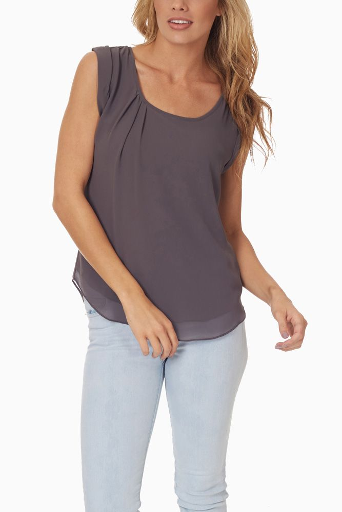 I love this charcoal color!  #falltop #outfitinspiration