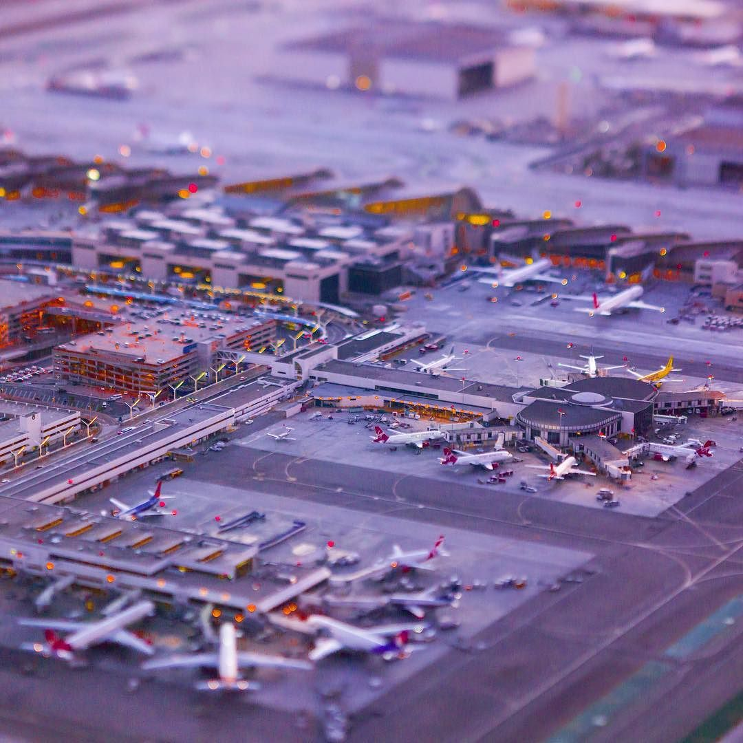 "adamsenatori: ""Micro Machines / @flylaxairport T2 and T3 / @robin.at.tam @copterpilot"""