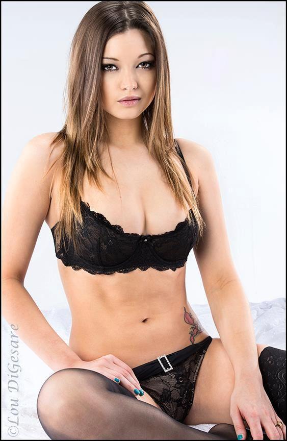 Pin On Chelsie Aryn Playboy Miss Social March 2011-6661