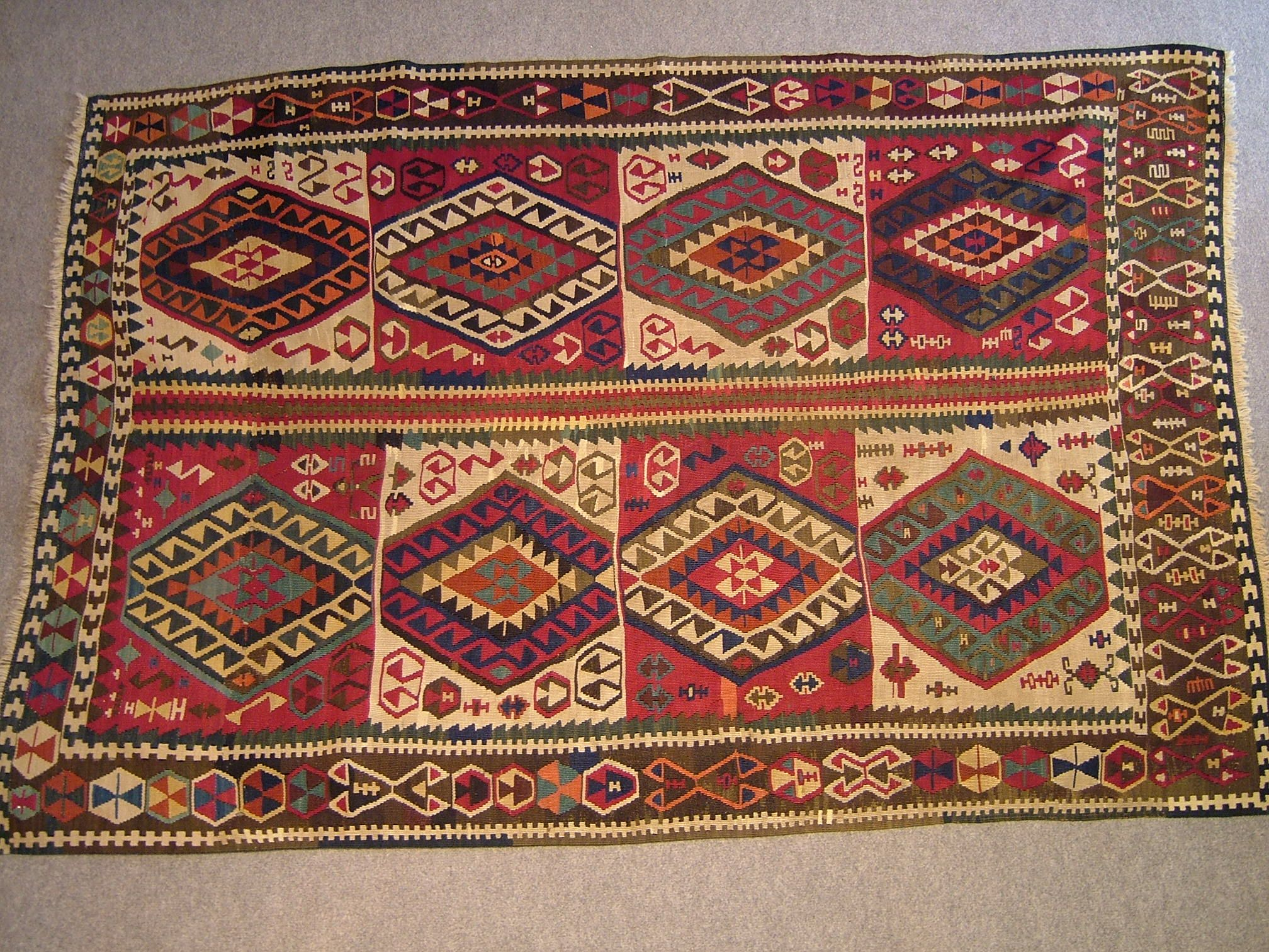 and designs or a in with rugs qarajeh very runner tent broken rug master called small november made geometric was north have type town of lines this qaradjeh west iran