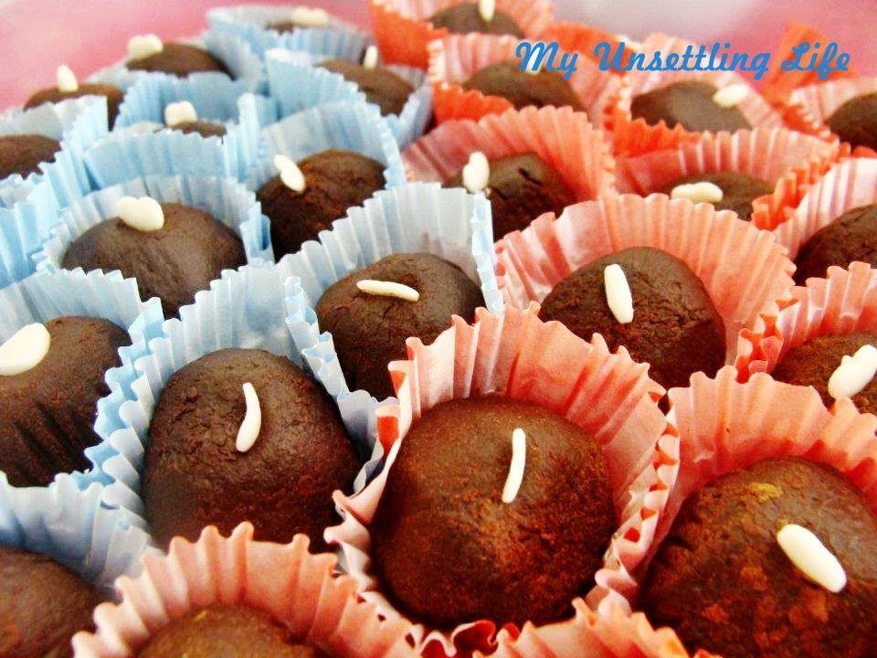 Bailey´s irish cream truffles recipe  http://myunsettlinglife.blogspot.com.br/2015/01/baileys-irish-cream-truffles.html