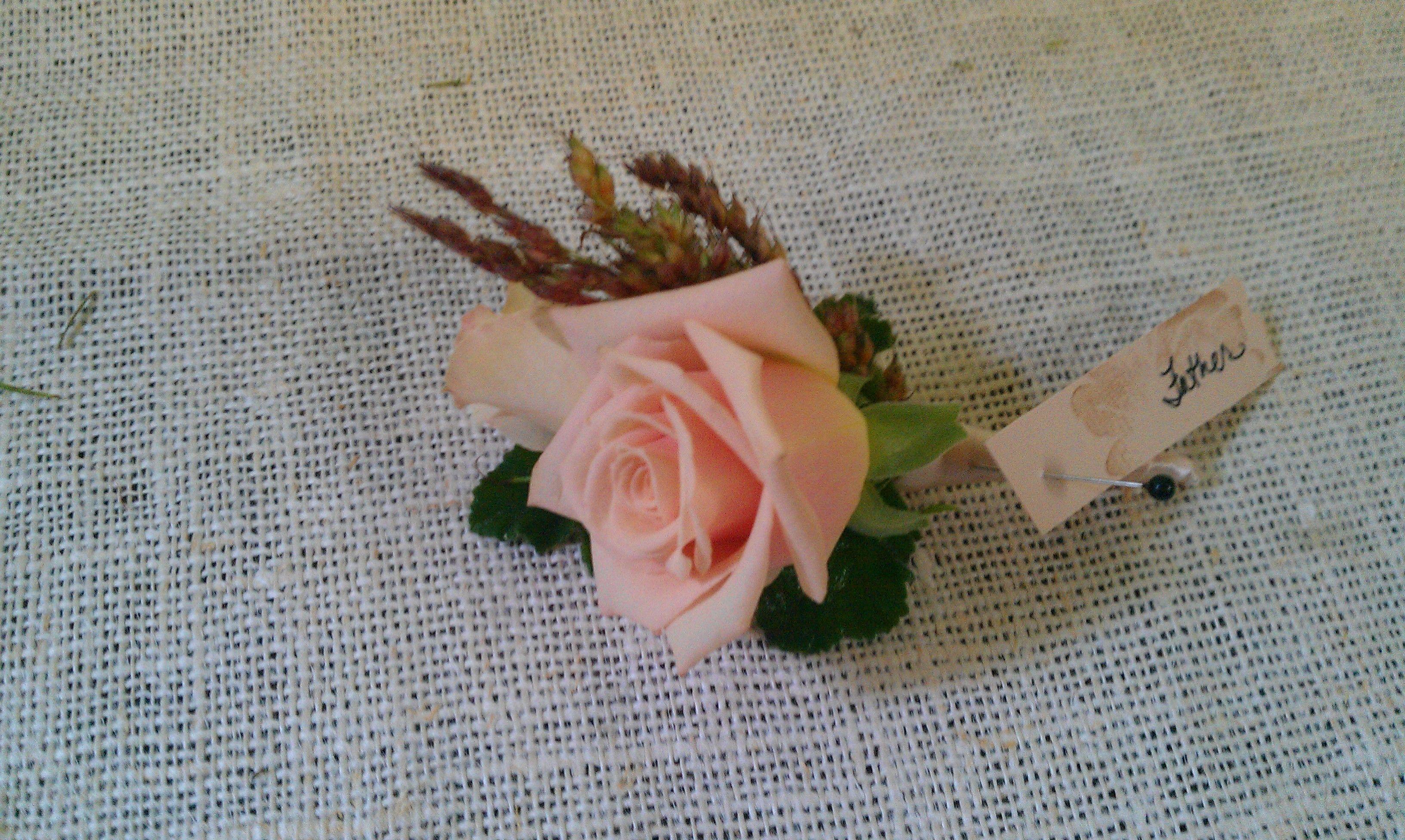 Sahara Rose Boutonniere Fleurie Flowers To Wear