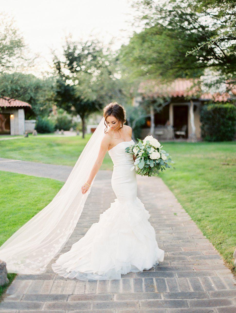 Pin On Wedding Dresses [ 1288 x 970 Pixel ]