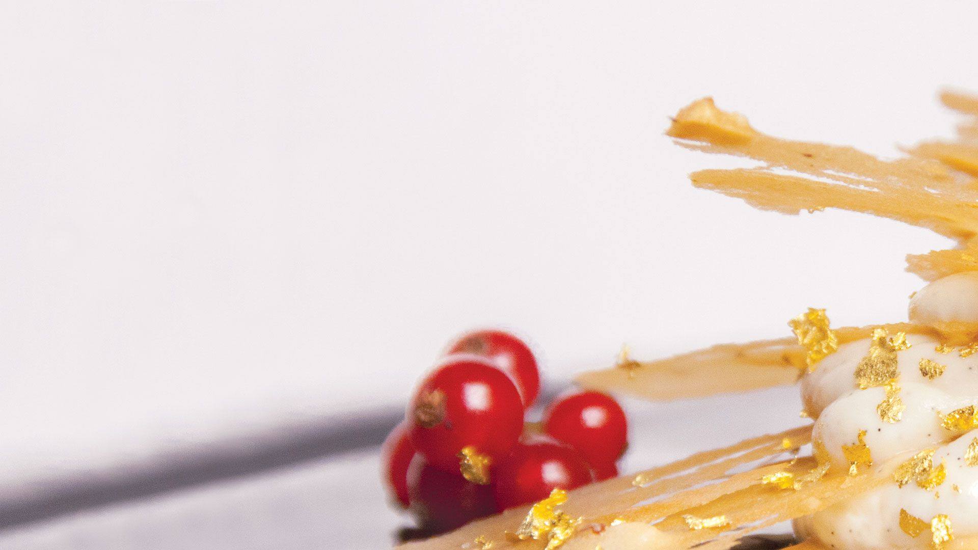 Creme Millefeuilles with vanilla gold chef flavored gold 23 kt