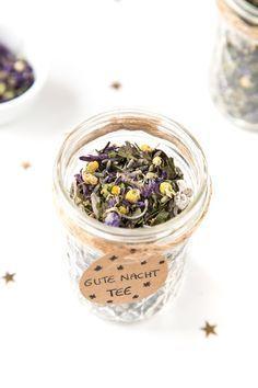 Geschenkidee: Gute Nacht-Tee Mischung im Glas #kleinekräutergärten