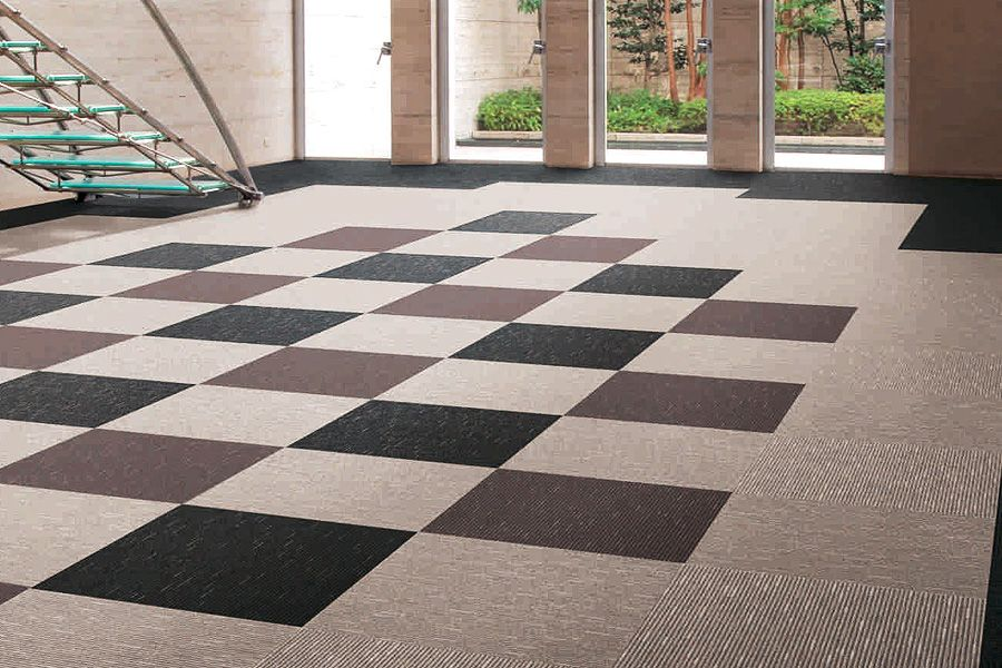 The Advantages And Disadvantages Of Using Floor Carpet Tiles Yonohomedesign Com In 2020 Floor Carpet Tiles Carpet Tiles Carpet Flooring