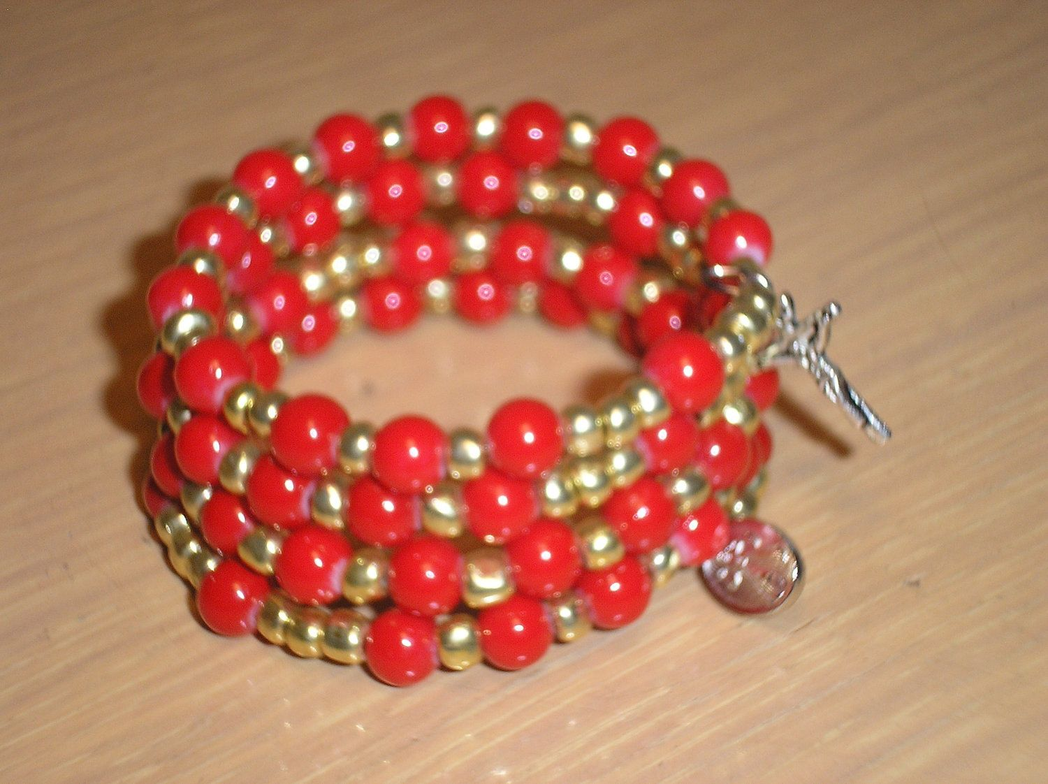 Rosary braceletgirlsred acrylic rounds with gold glass seed beads