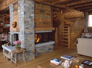 Like the four sided fireplace maison travaux for the for Four sided fireplace