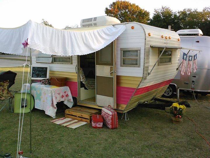 Full Size Bed Skirt As Glamper Awning Genius Vintage Campers For Sale Vintage Camper Campers For Sale