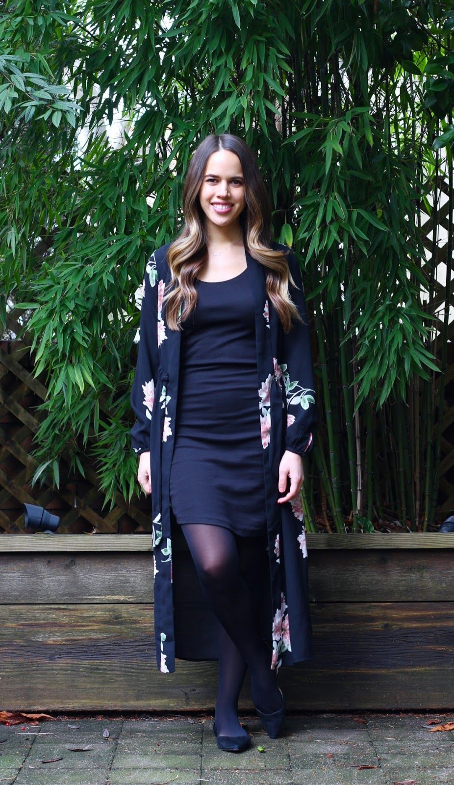 c6b0f10fe59 Jules in Flats - Maxi Floral Kimono with T-Shirt Dress for Work (Business  Casual Winter Workwear on a Budget)