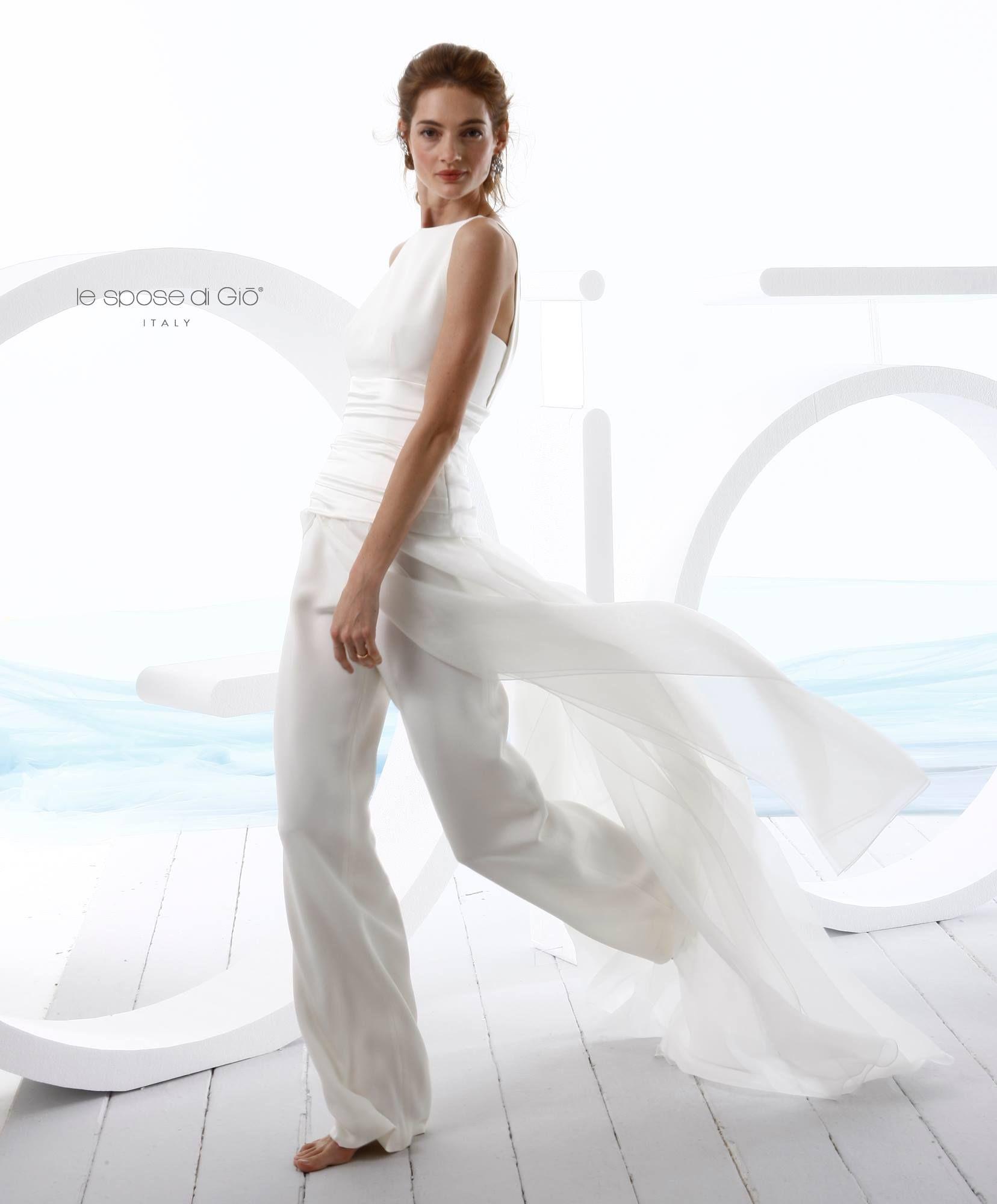 ed86432fc8ac La sposa di Giò in pantaloni  Irresistibile!