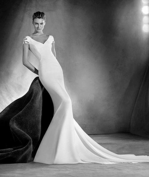 LA MODA ME ENAMORA : Vestidos de novia 2017 Atelier Pronovias ¡espectaculares!