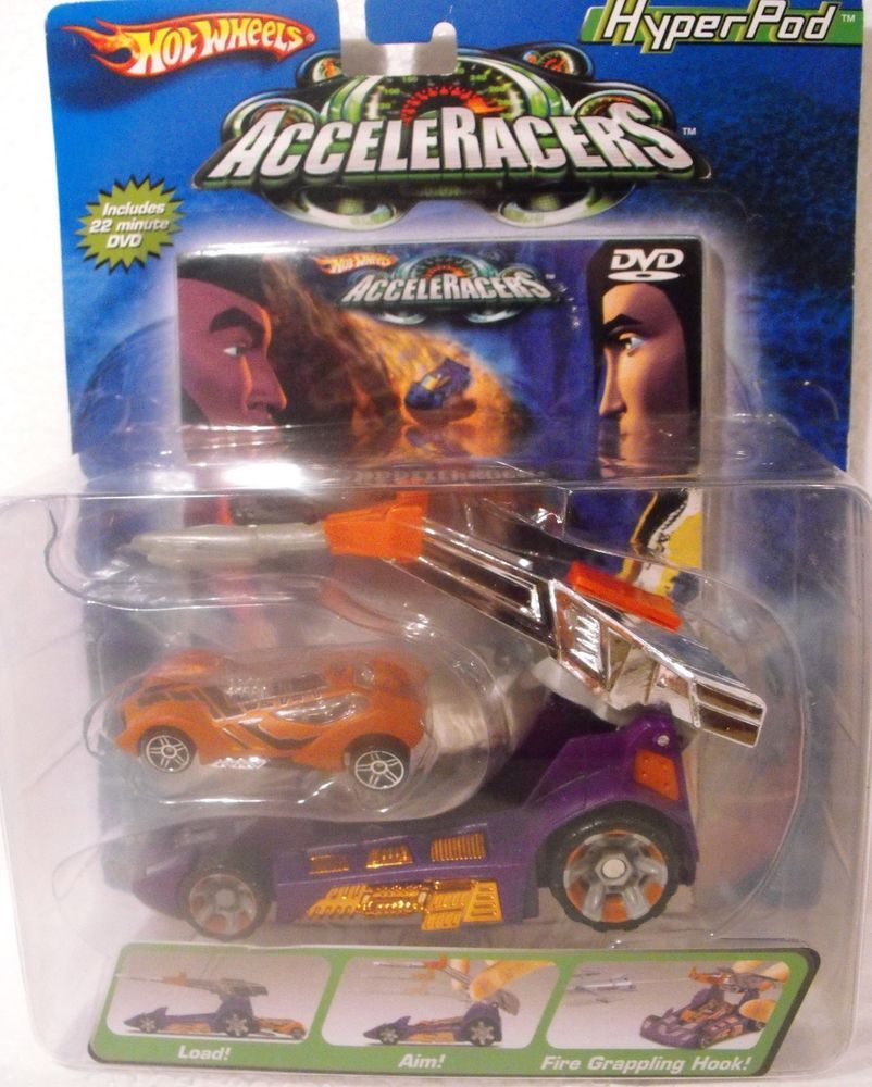 HOT WHEELS Cars **ACCELERACERS HYPERPOD** CLASH ON THE