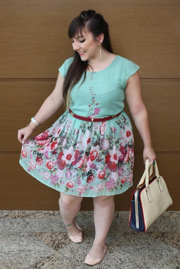 Vestido-florido-plus-size