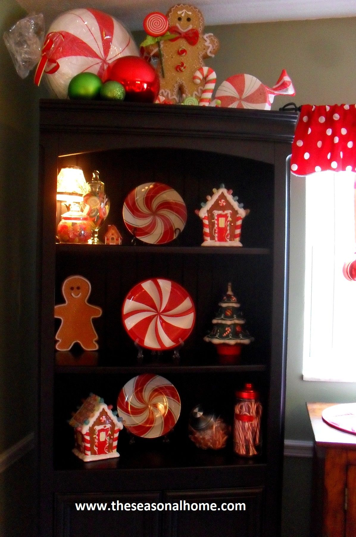Kristen's Creations: ~~Our Gingerbread Kitchen~~