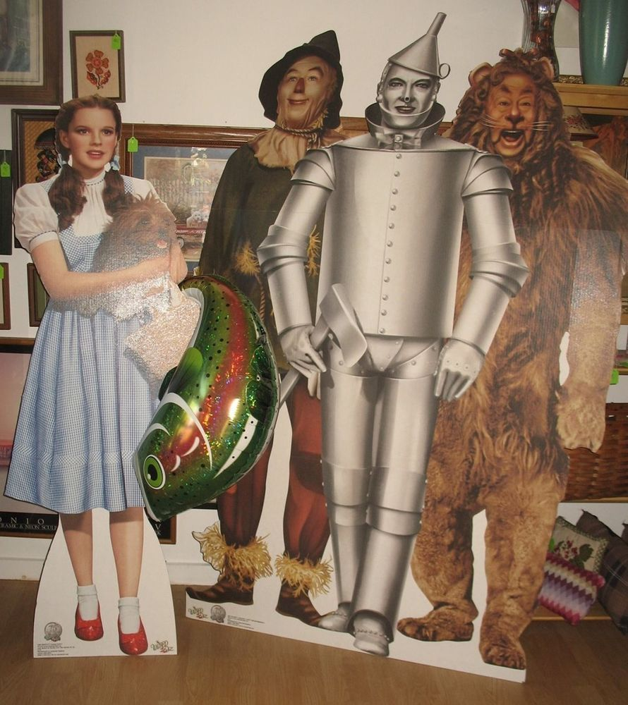 2 Wizard of Oz Life-Size Stand-Up Cut-Outs Dorothy/Toto Lion/Scarecrow/Tin Man