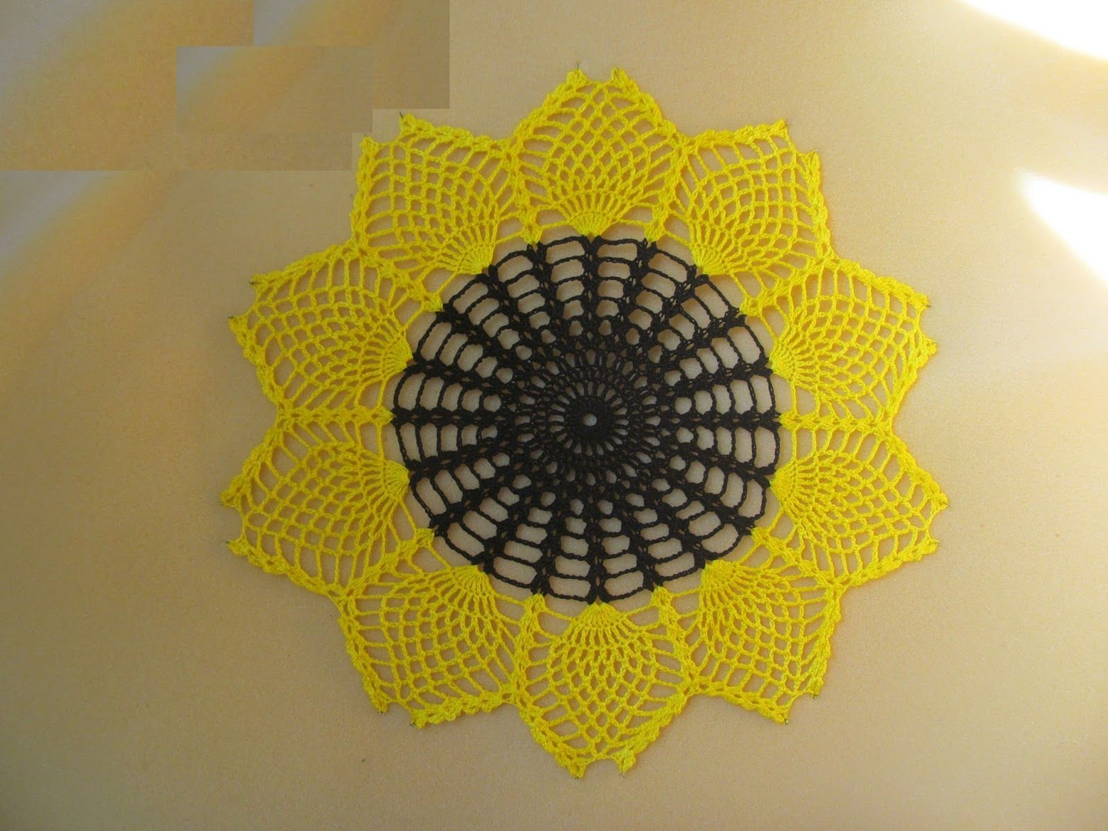 Free crochet patterns and free video tutorials | Crochet doily ...