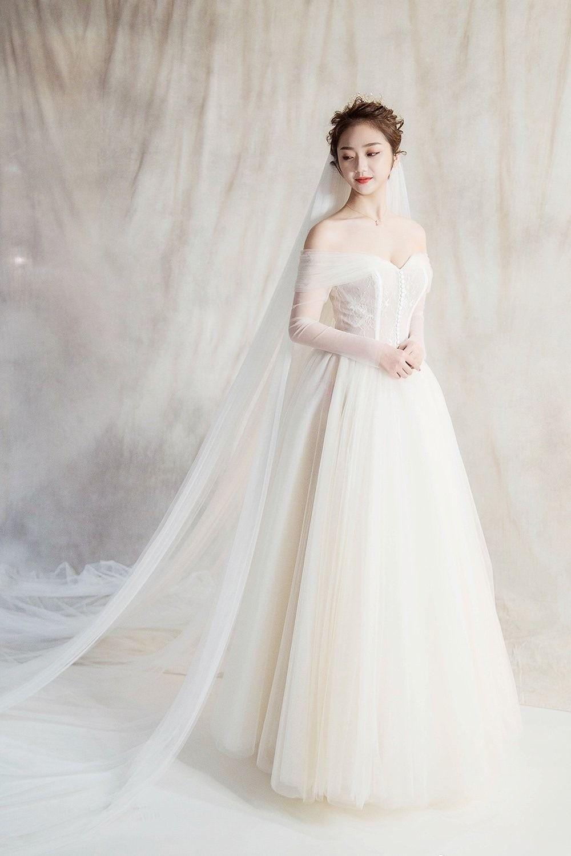 Elegant lace off shoulder long sleeves long solid wedding dresses