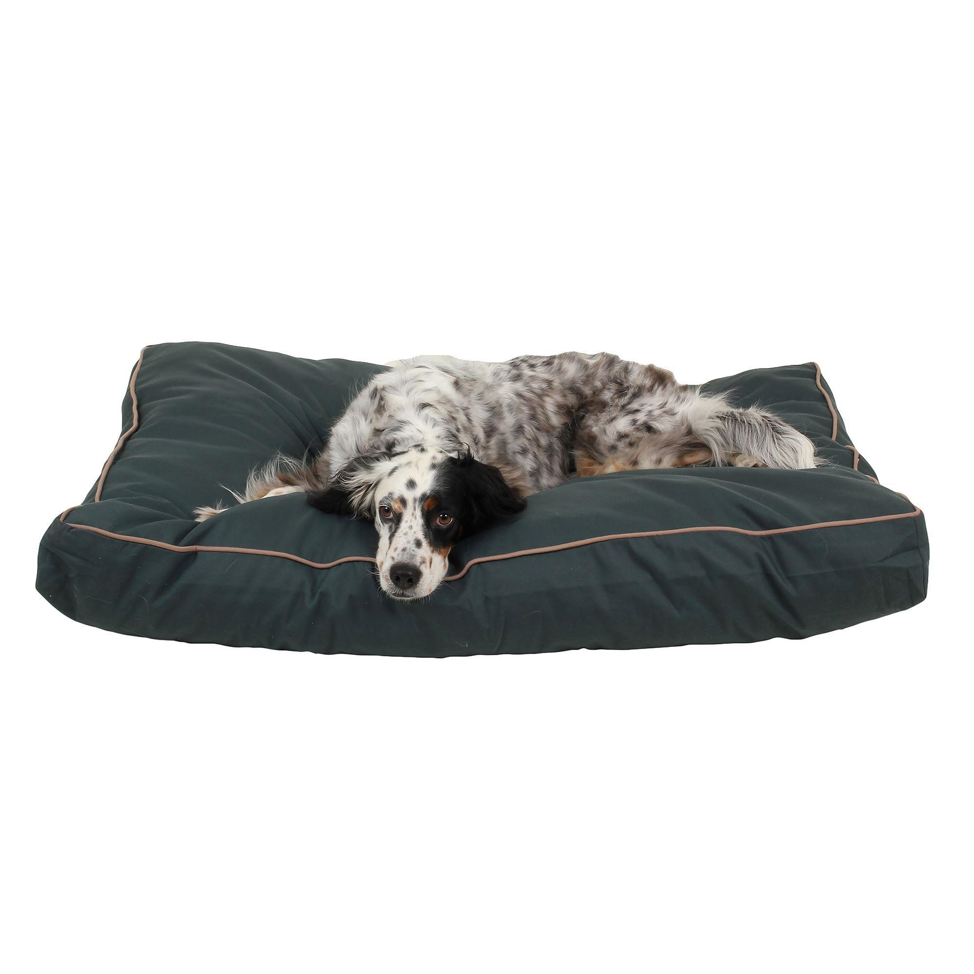"Carolina Pet Jamison Indoor and Outdoor Dog Bed size 30""L"