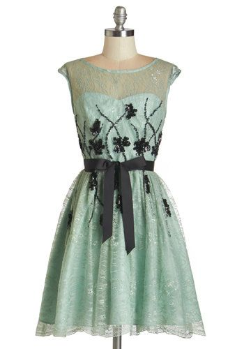 I Had a Vision of Lovely Dress. Youre feeling positively dreamy in this enchanting frock! #mint #prom #wedding #bridesmaid #modcloth