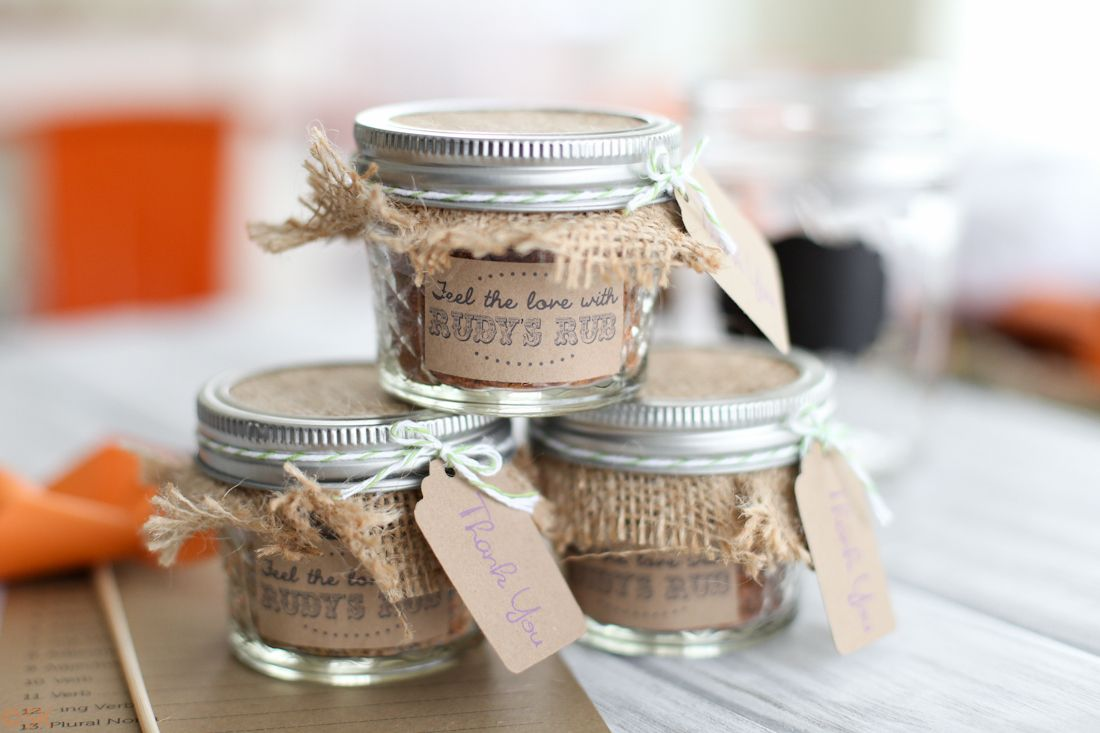 Wedding Reception Gifts For Guests: DIY Backyard BBQ Wedding Reception