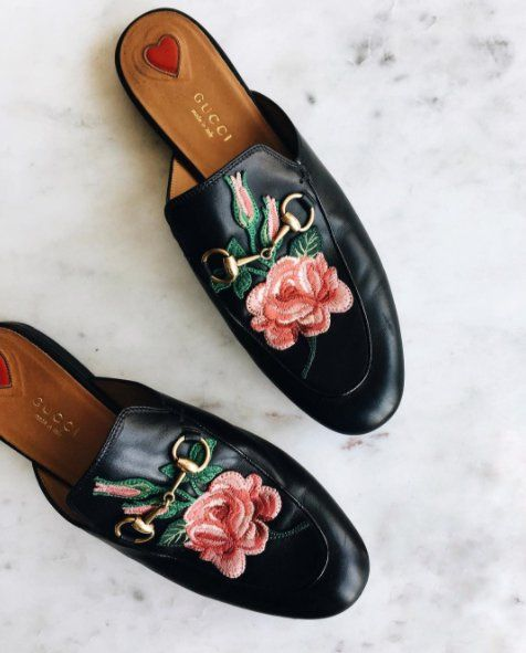 514a3da13fb876 Adorable Gucci rosette slides. Adorable Gucci rosette slides Gucci Shoes ...