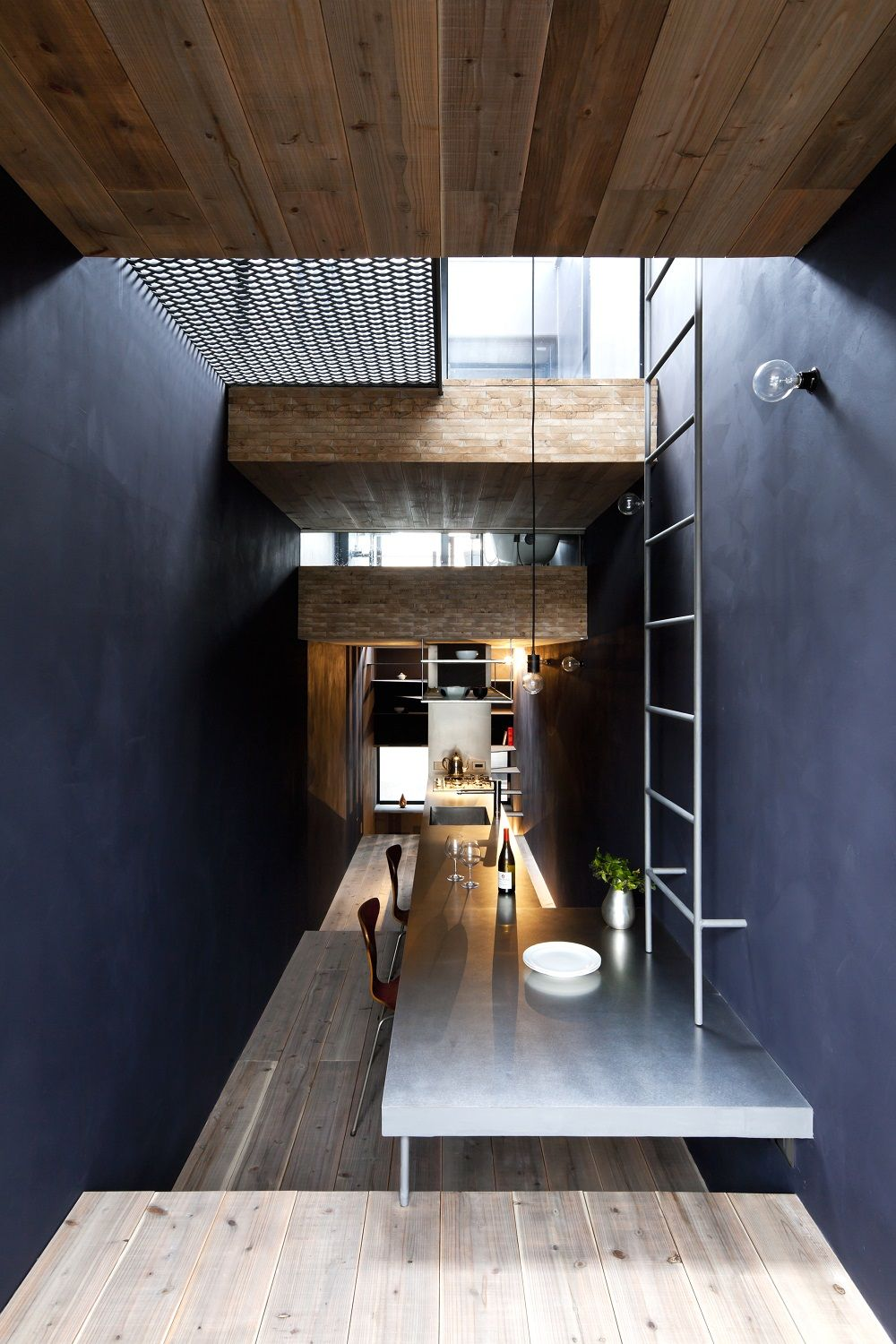 6-Foot-Wide Home is Vertical Living at its Finest