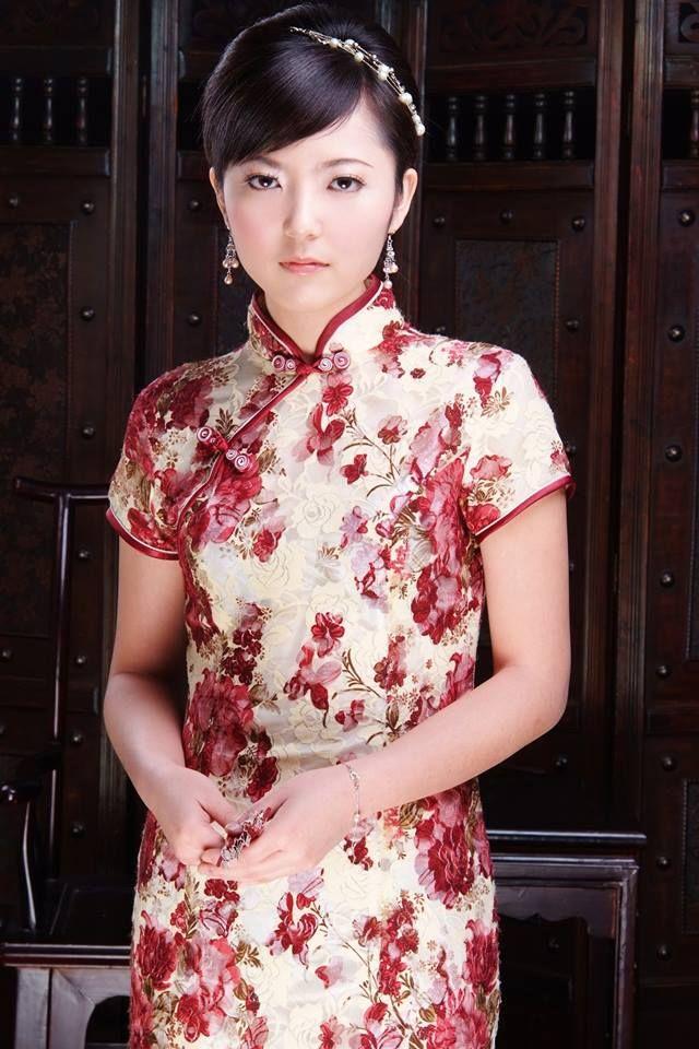 Chinese Cheongsam, Qipao http://www.cultureincart.com/story/chinese ...