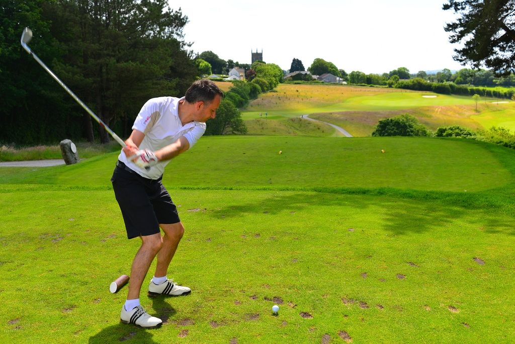 Golf Tips Discover Just How In Order To Turn Into A Better Golf Enthusiast Golf Tips For Beginners Golf Tips Play Golf