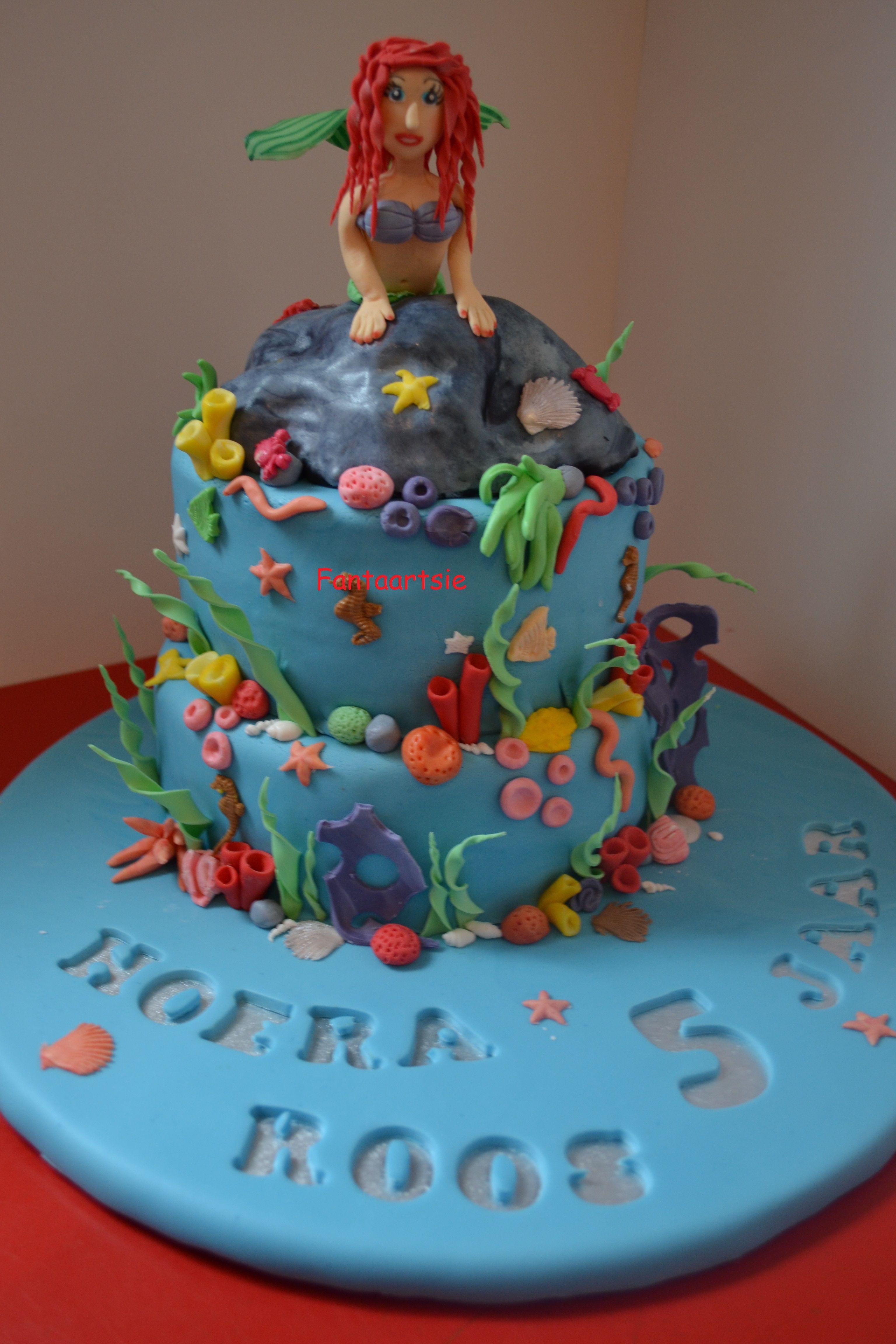 Ariel zeemeermin mermaid taart cake taarten en cake for Taart en decoratie