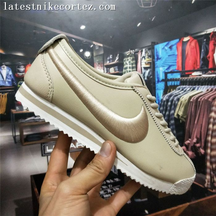 2018 New Release Nike Classic Cortez 72 SP Leather Womens Trainers  Champagne On Sale