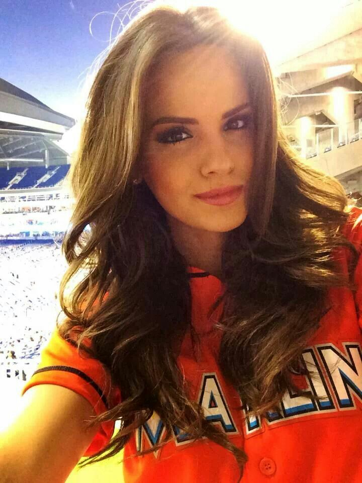 9ab65fd2e5d Jordana of FOX Sports Florida Girls