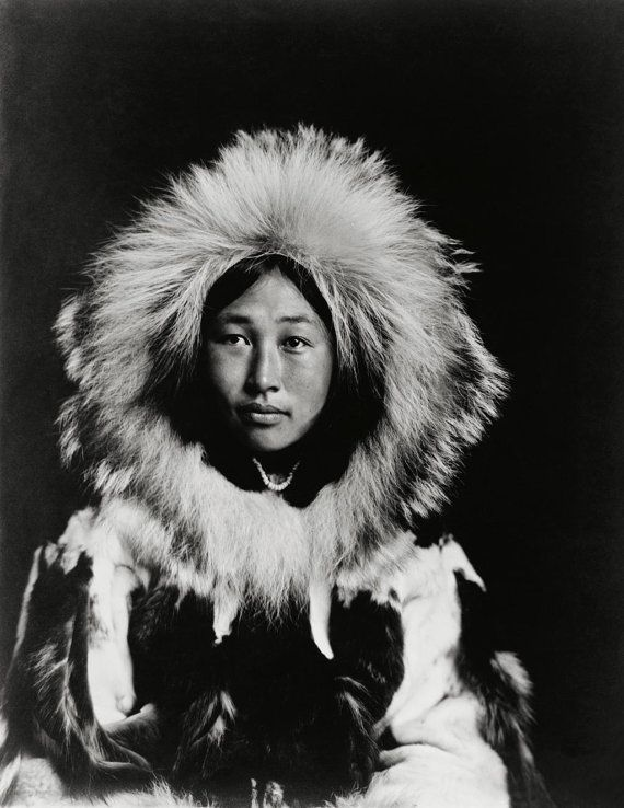 Obleka Beautiful Inuit Woman Alaska Eskimo 1907Inuit Portrait