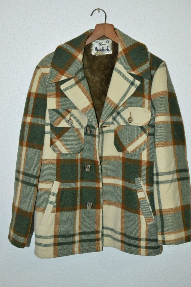88c431e589760 VINTAGE MEN S 1960 S WOOLRICH PLAID WOOL COAT JACKET SZ S MADE IN USA