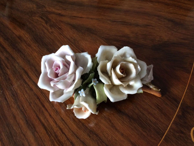 Vintage Capodimonte fiori / Vintage soprammobile Capodimonte / Regalo nonna / Composizione floreale porcellana di VintaFai su Etsy