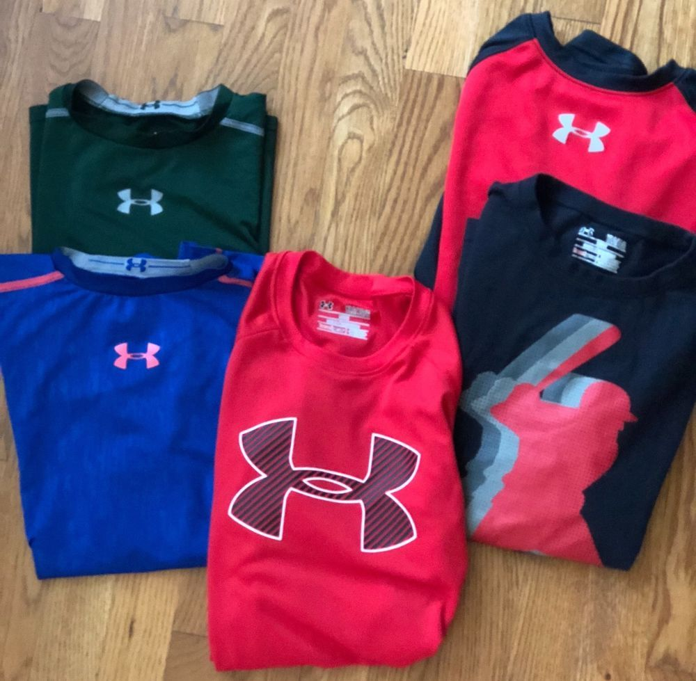 Under armour boys lot of tshirts long sleeve loose fitted tops