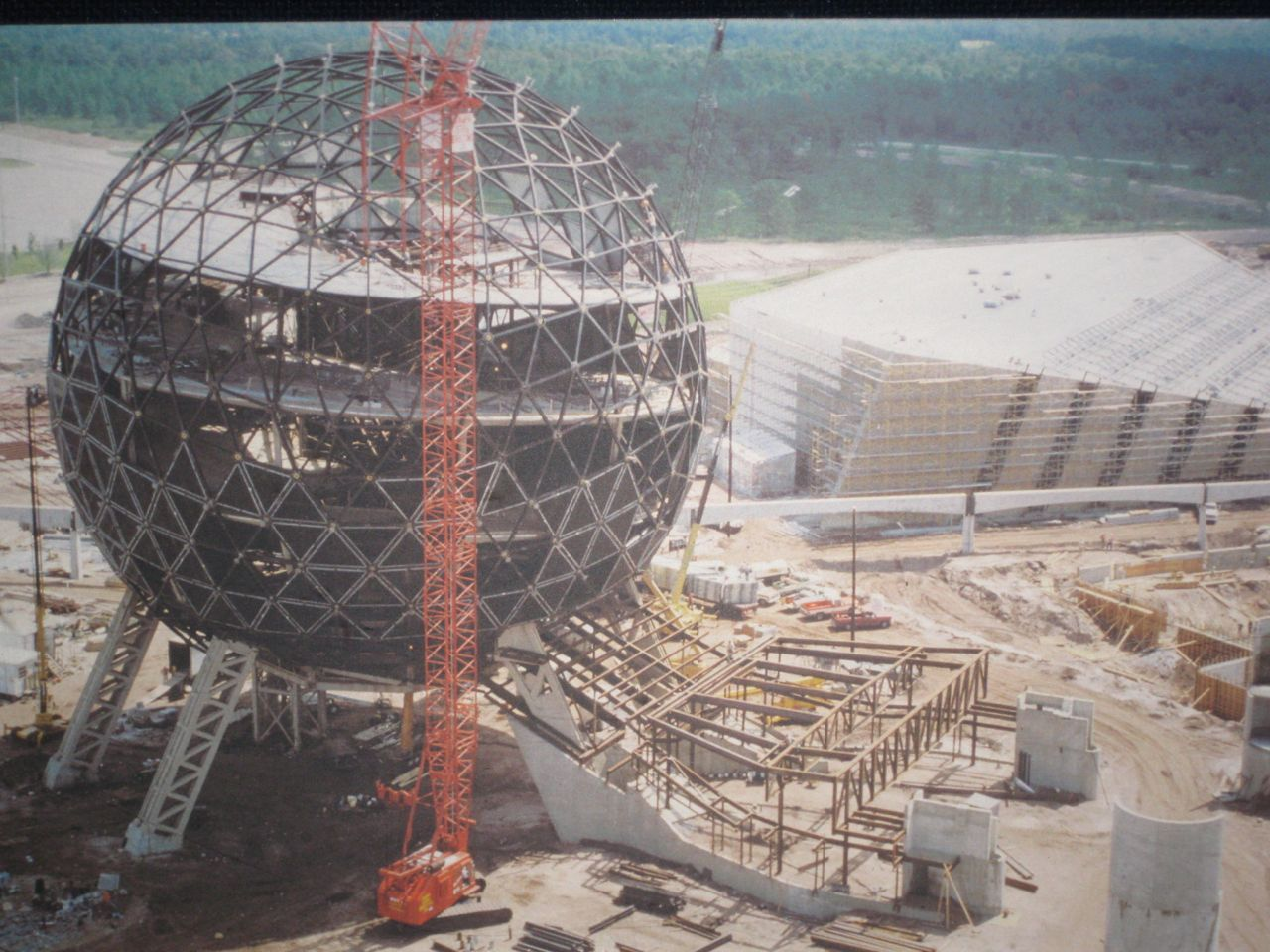 The design and construction of epcots spaceship earth epcot shell show construction malvernweather Choice Image