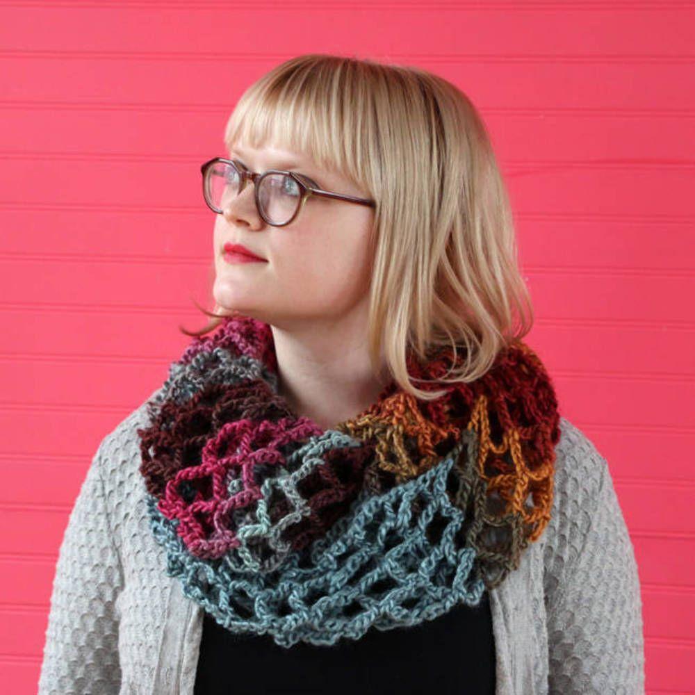 Free Crochet Pattern: Mesh Infinity Cowl | Pinterest