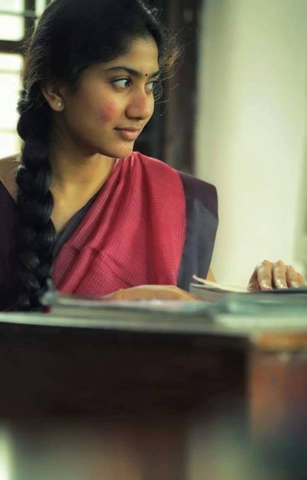 Sai Pallavi  Cute, Gorgeous Indian Actress In 2019  Sai -8398