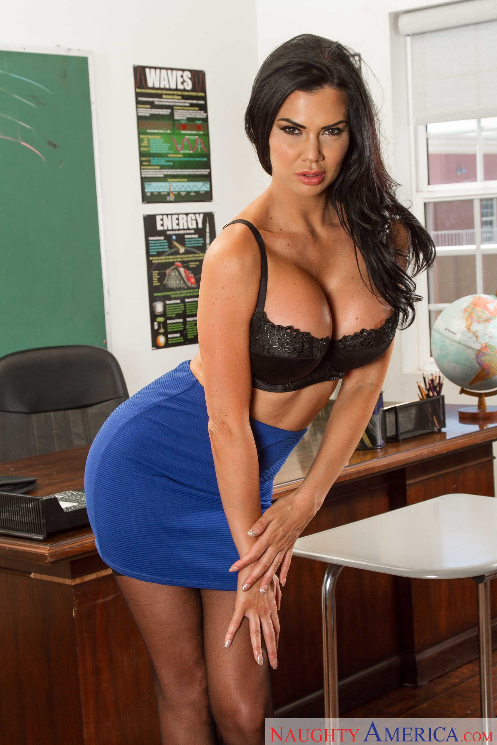 Jasmine Jae Teacher