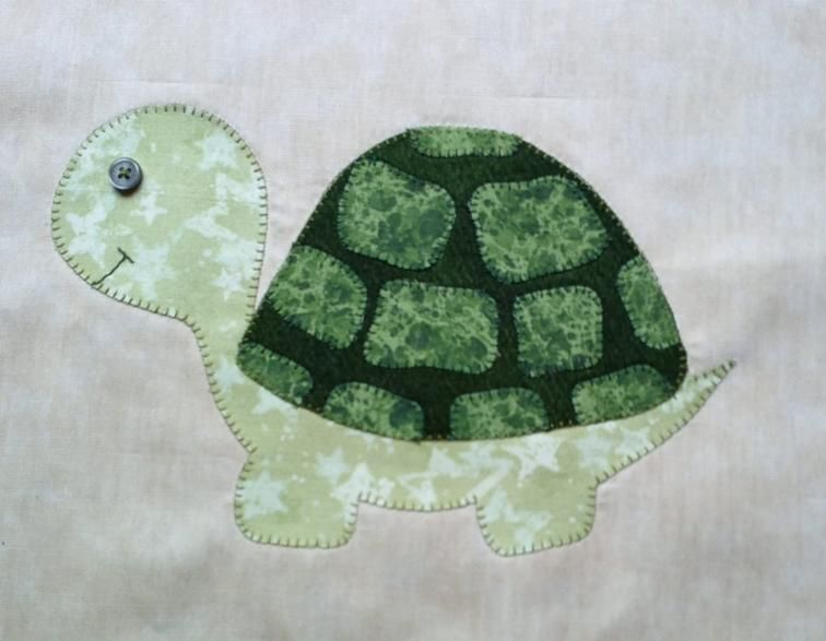 Turtle Applique Template | Craftsy | Baby quilts | Quilt patterns