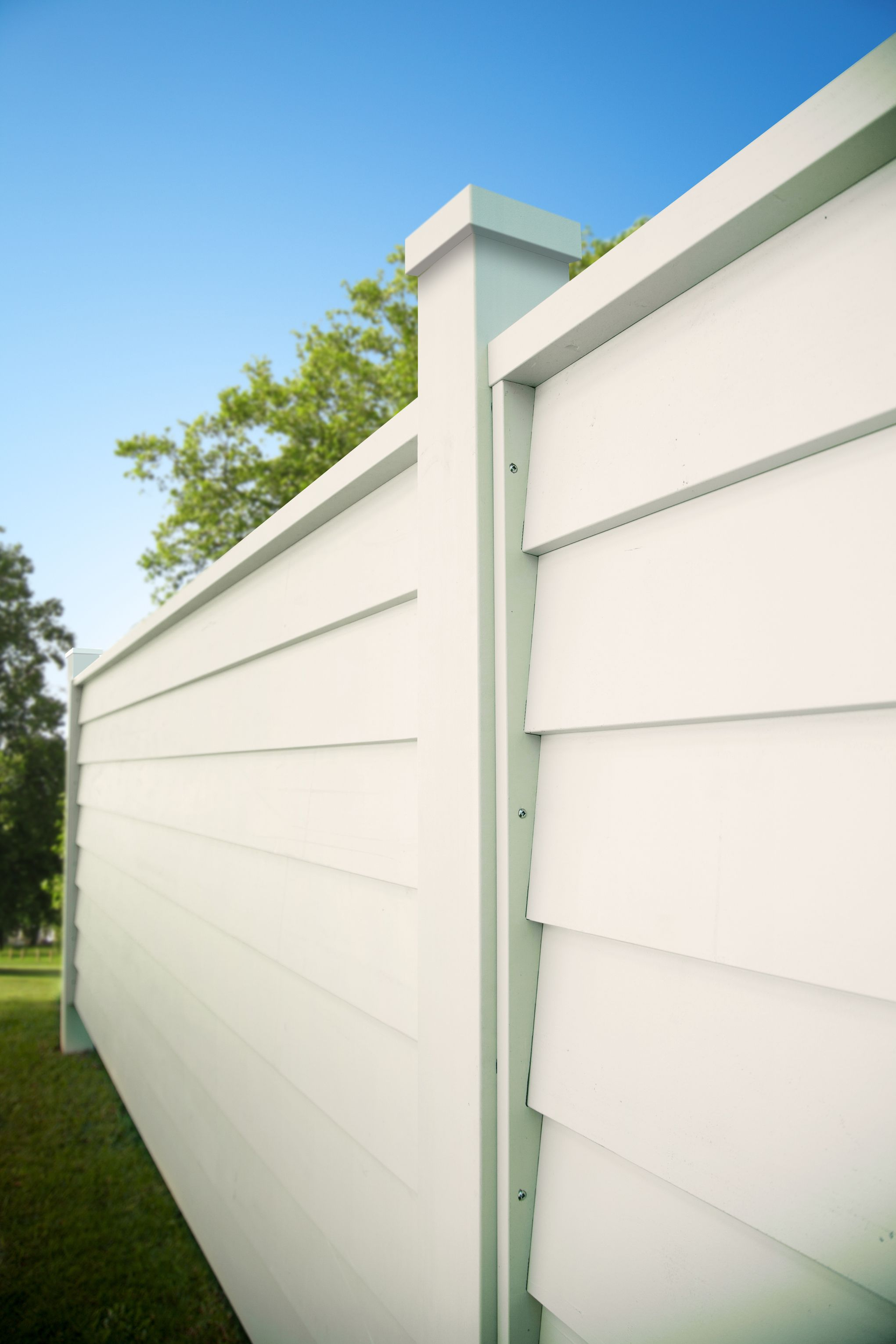 A-lign fencing adds a stylish touch to your home www ...